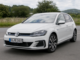 VW Golf GTE (Benzin-Hybrid)